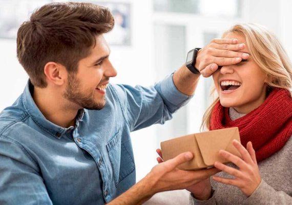 как выбрать подарок жене на день рождения