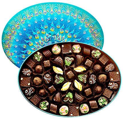 шоколадные цветные конфеты в бирюзовой коробке фабрика красный октябрь