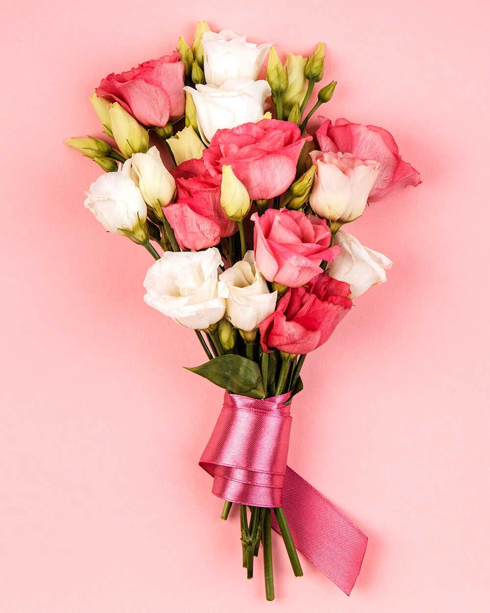 Роскошный букет розовых цветов с доставкой на дом