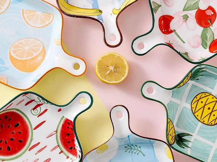 купить подарок подруге фарфоровая цветная посуда и тарелки